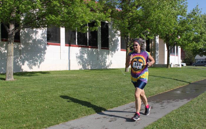 Crooked River runners